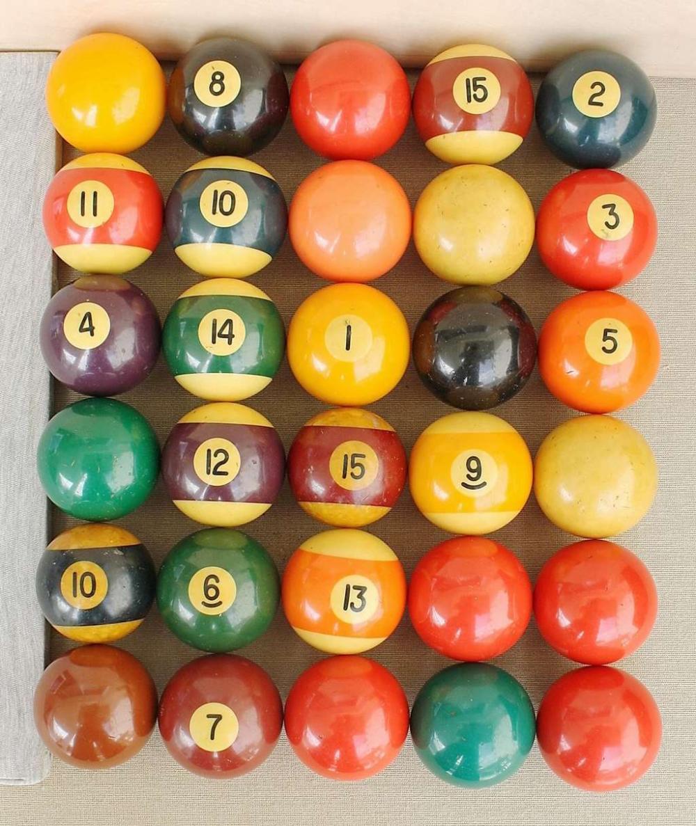Art deco massive multi colored Bakelite 30 billiards balls, 3750gr., tested