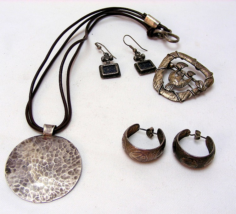 Many Silver Jewelry Articles or reviews