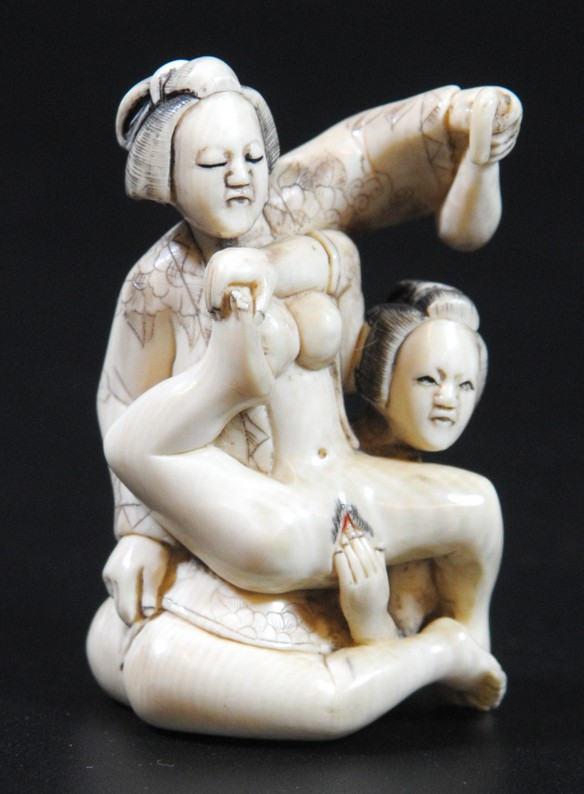 Two woman in an erotic position, ivory netsuke