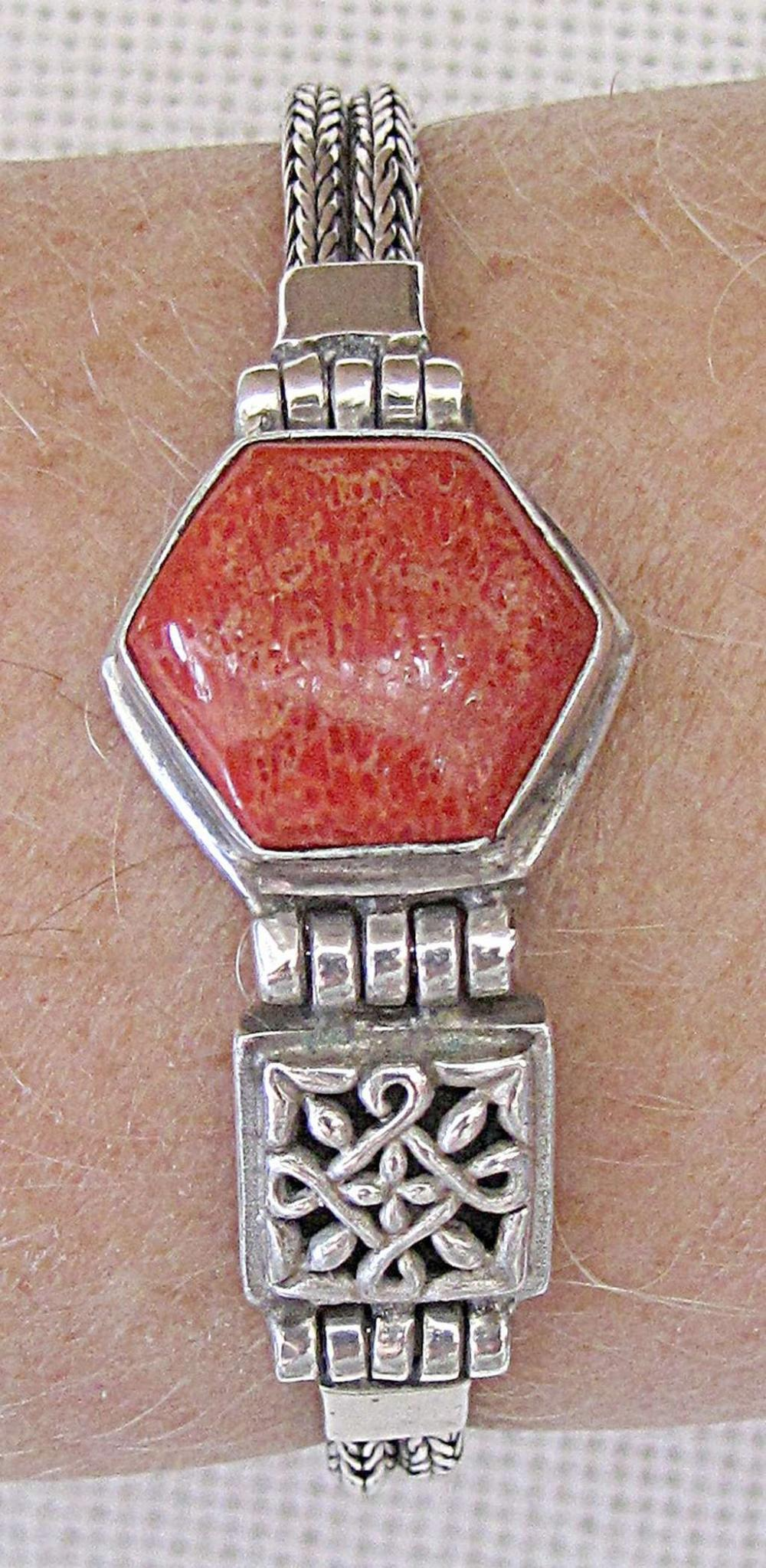 ART DECO SILVER STERLING BRACELET SET WITH RED CORAL, 21 GR.