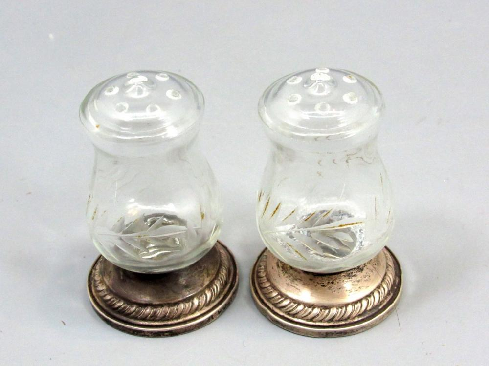 PAIR OF OLD AMERICAN SILVER AND GLASS SALT SHAKERS MADE BY HURRICANE
