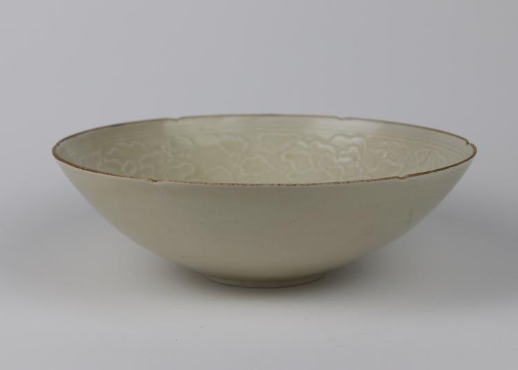 Chinese Ting Bowl with Molded Decoration