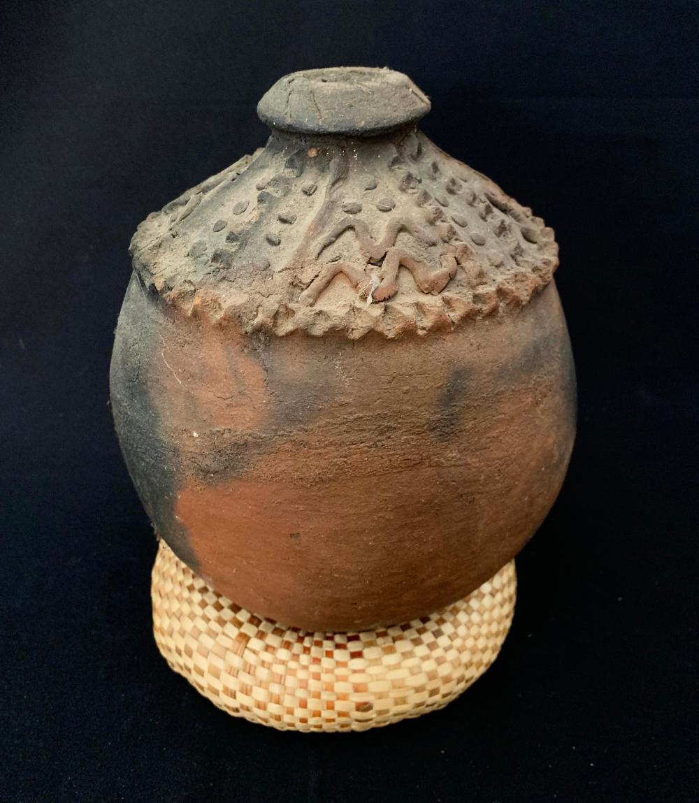 A Raku Fired Ceramic Cooking Pot, Yasawas, Fiji