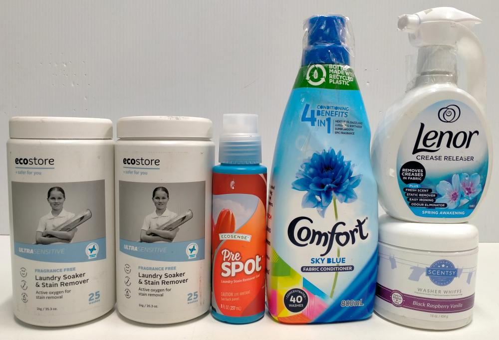 A bag of assorted laundry products incl. laundry soakers, fabric conditioners etc.