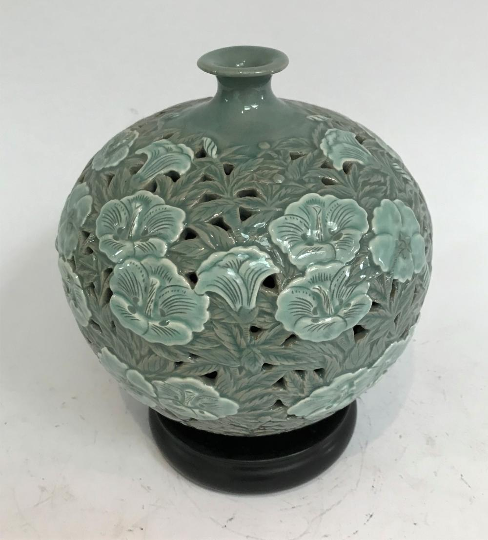 A Korean, Goryeo Dynasty Celadon Style Studio Vase on a Timber Stand. 20th Century