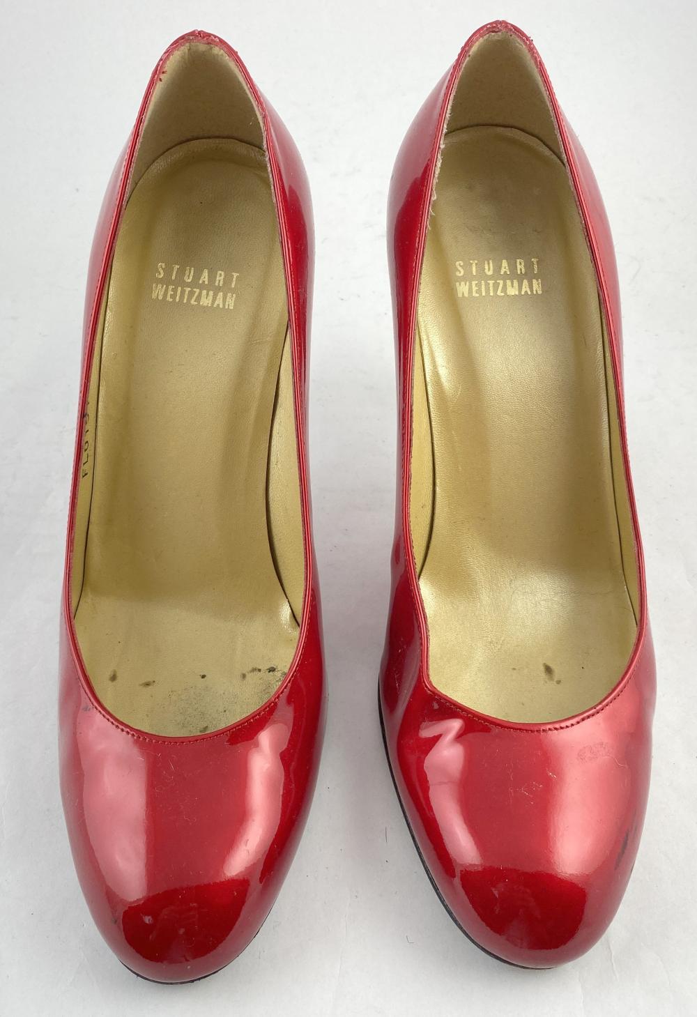 Stuart Weitzman: Crimson Patent Leather Round-Toe Pumps
