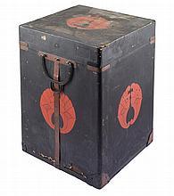 **A JAPANESE ARMOUR CASE (GUSOKU BITSU), EDO PERIOD