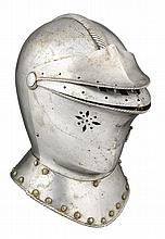 A CLOSE HELMET IN THE EARLY 17TH CENTURY WESTERN EUROPEAN STYLE, 19TH CENTURY