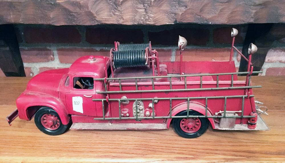 Cast Iron Fire Pumper