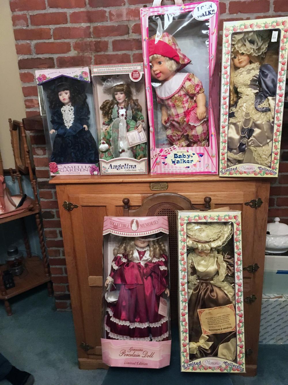 6 Porcelain Collector's Dolls