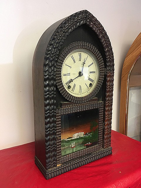 J.C. Brown Beehive Ripple Front Clock