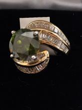 14kt Gold Ladies Green Diamond Ring
