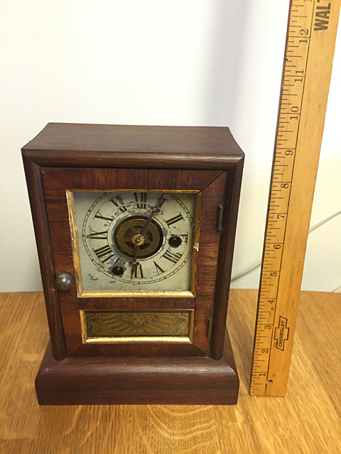 Rosewood Seth Thomas Shelf Clock