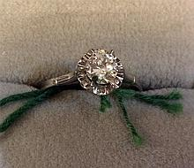 Vintage Estate 18kt Gold Ladies Diamond Ring