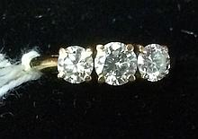 Vintage Estate Ladies 14kt. Gold ring with 3 Diamonds