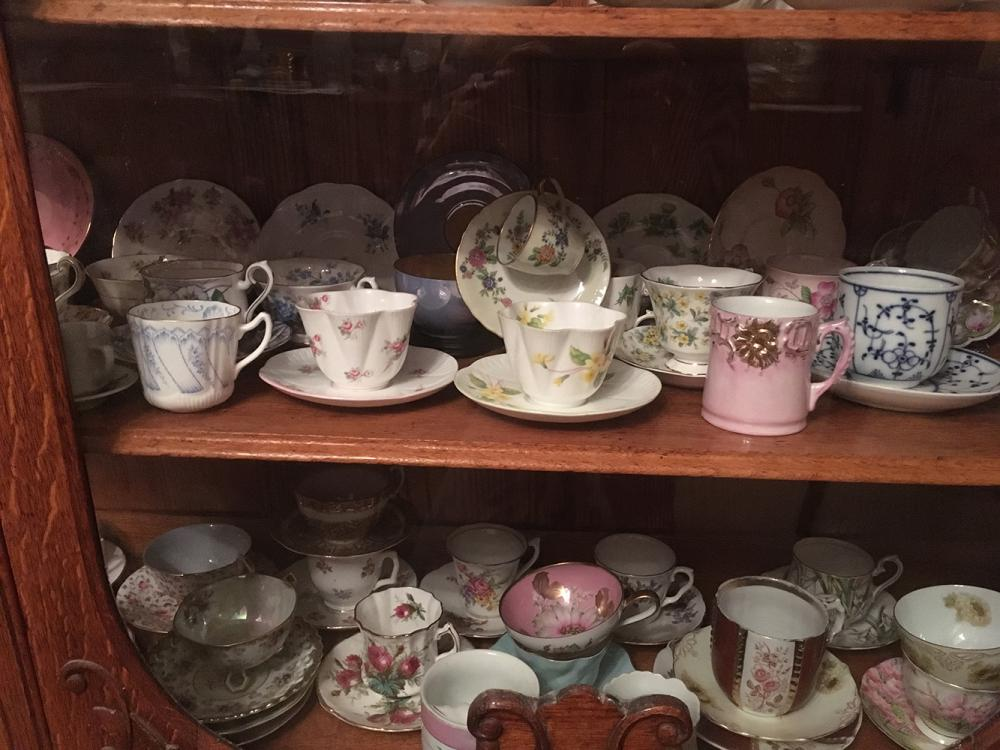 Lot 3: China Cabinet and Contents