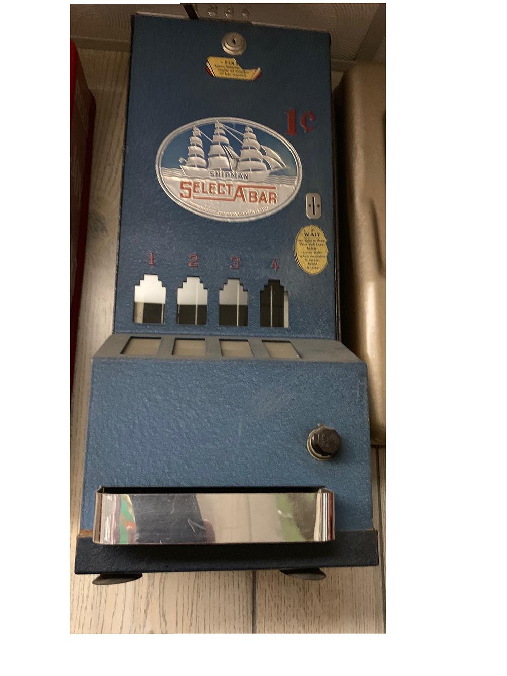 Vintage Shipman Select a Bar Vending Machine