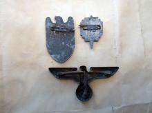 Lot 18: WWII German and American Military Insignia