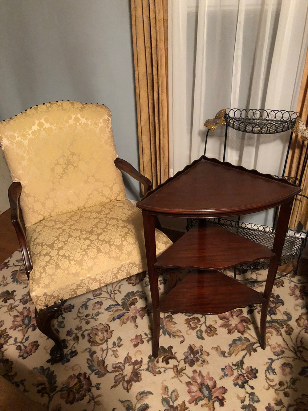Chippendale Armchair, Corner Stand