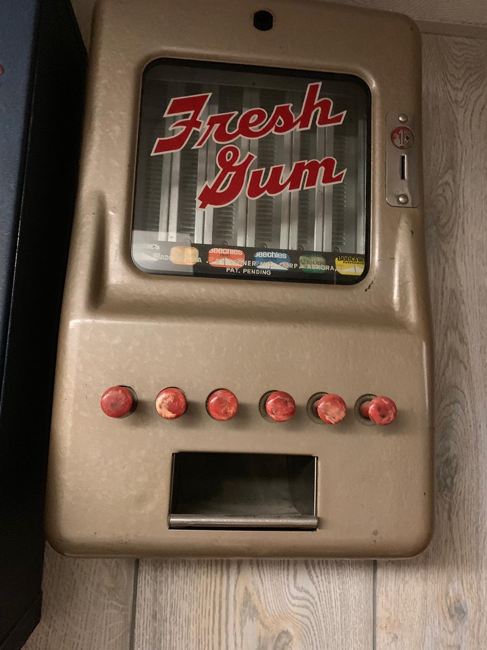 1 Cent Gum Vending Machine