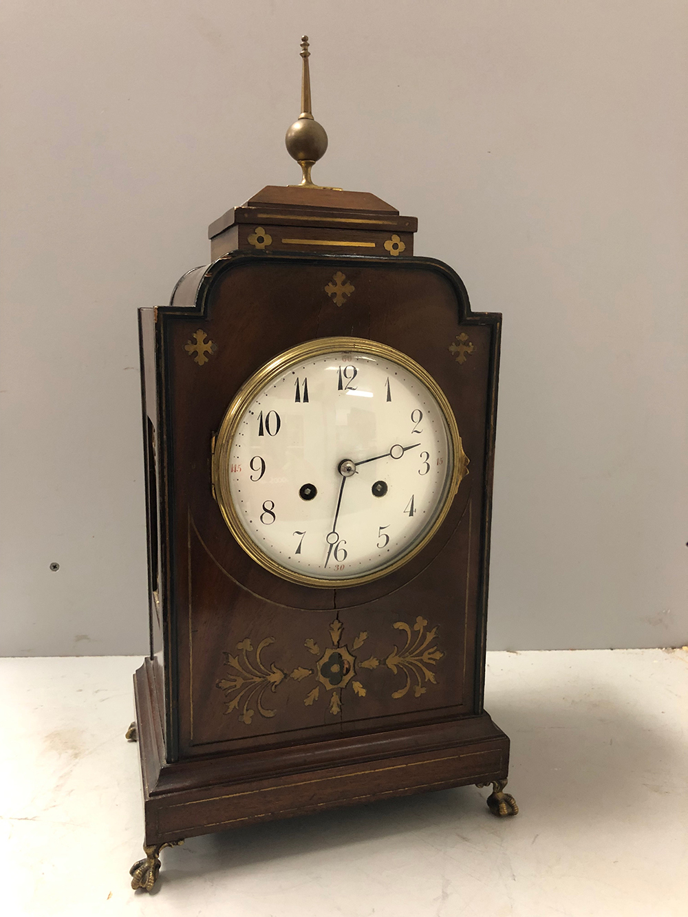 Lot 103: French Mantel Clock