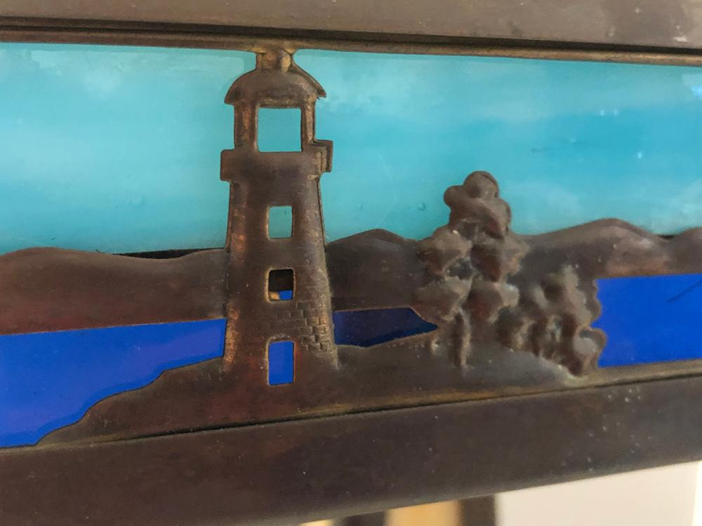 Lot 118: Arts and Crafts Panel Lamp