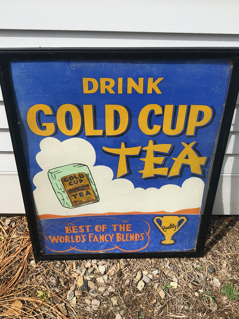 Lot 160: Early Gold Cup Tea Advertising