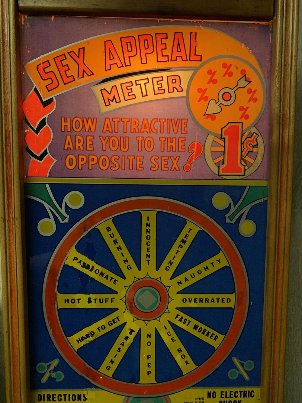 Lot 164: Vintage Sex Appeal Strength Arcade Game