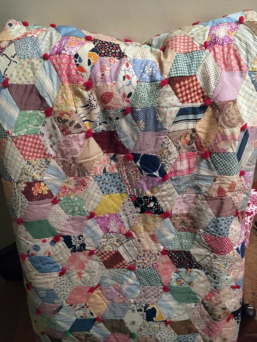 Lot 169: Vintage Handmade Quilt