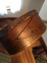 Lot 191: Hand Painted Shaker Box