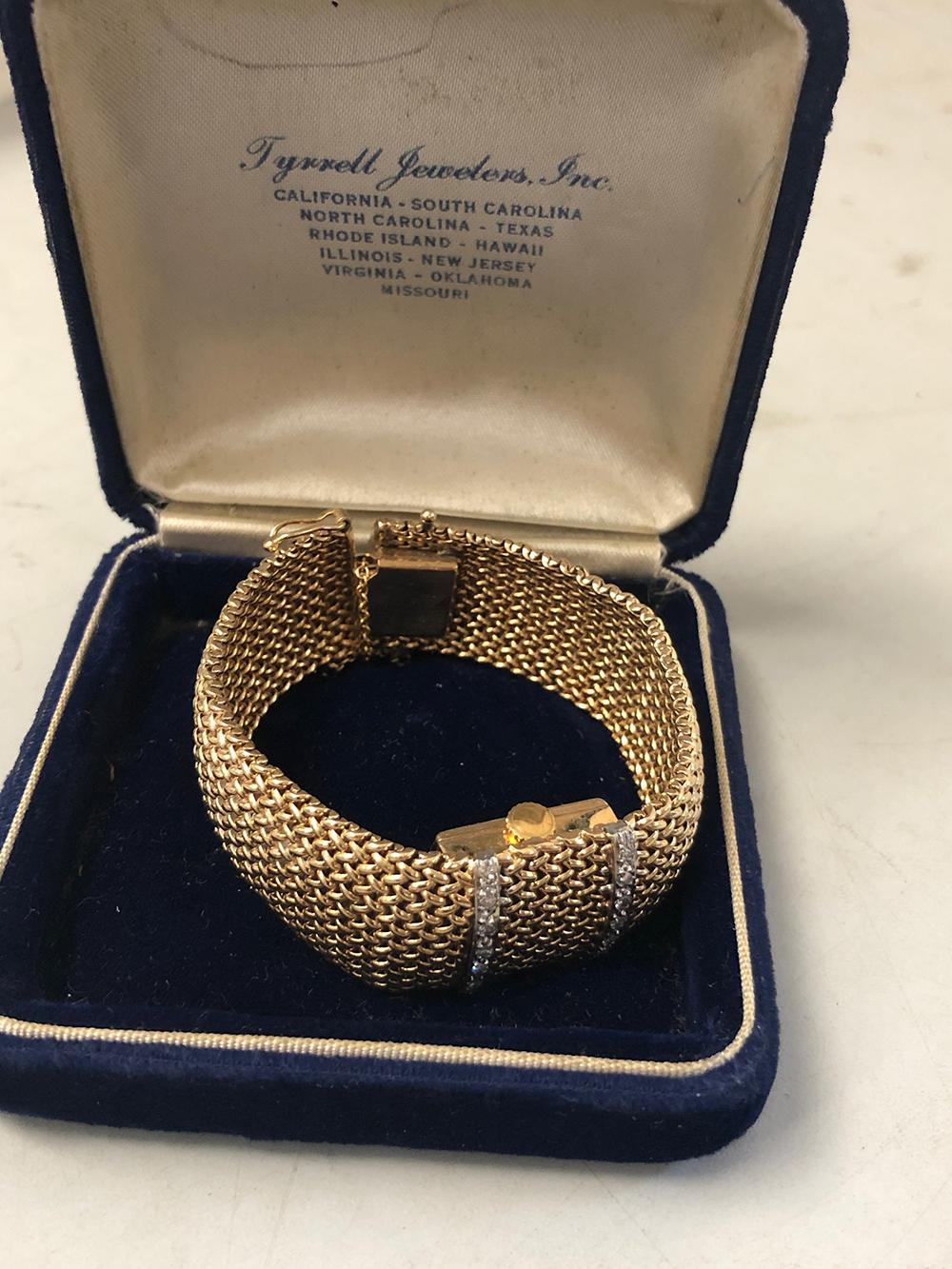 14kt Gold Estate Ladies Bracelet Watch