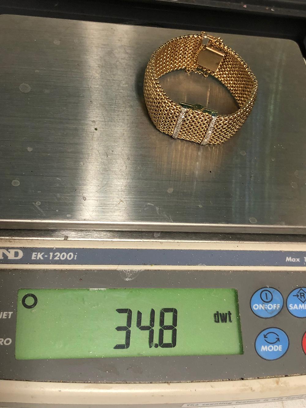 Lot 200: 14kt Gold Estate Ladies Bracelet Watch