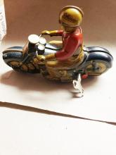 Lot 44: Schuco Wind-Up Tin Toy