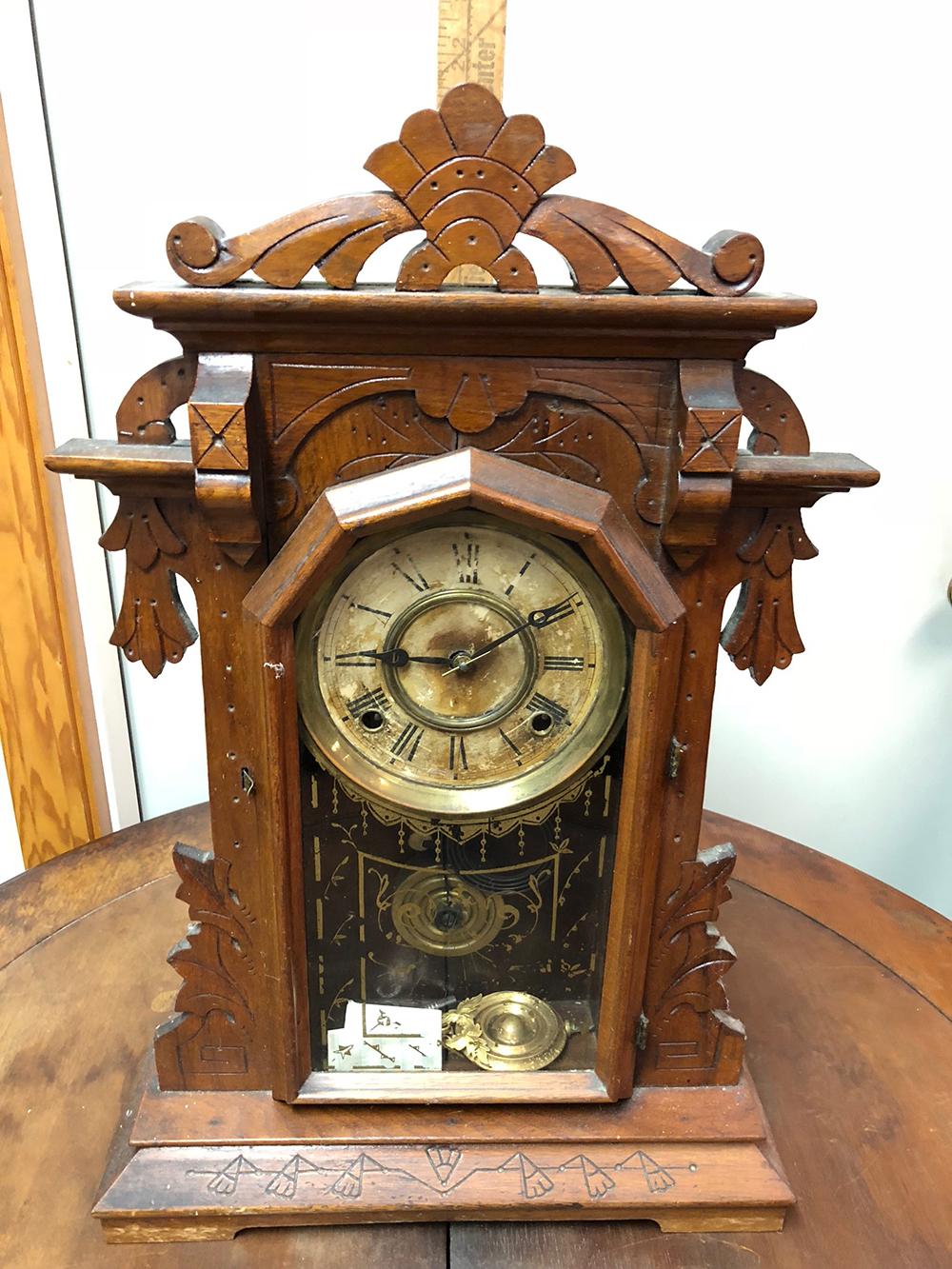 E. Ingraham Parlor Clock