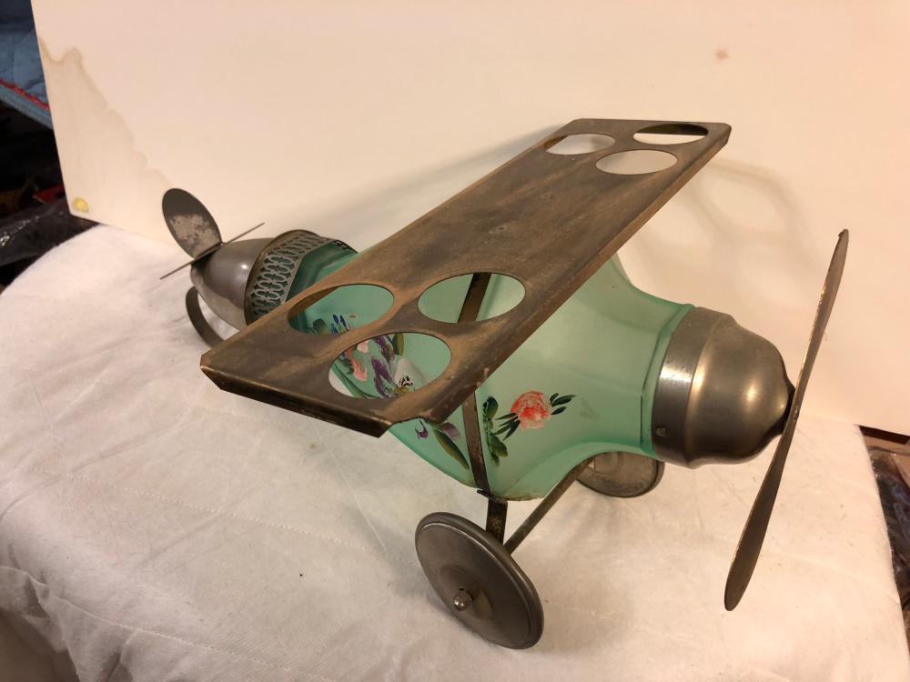 Vintage Airplane Decantor/Bar Set