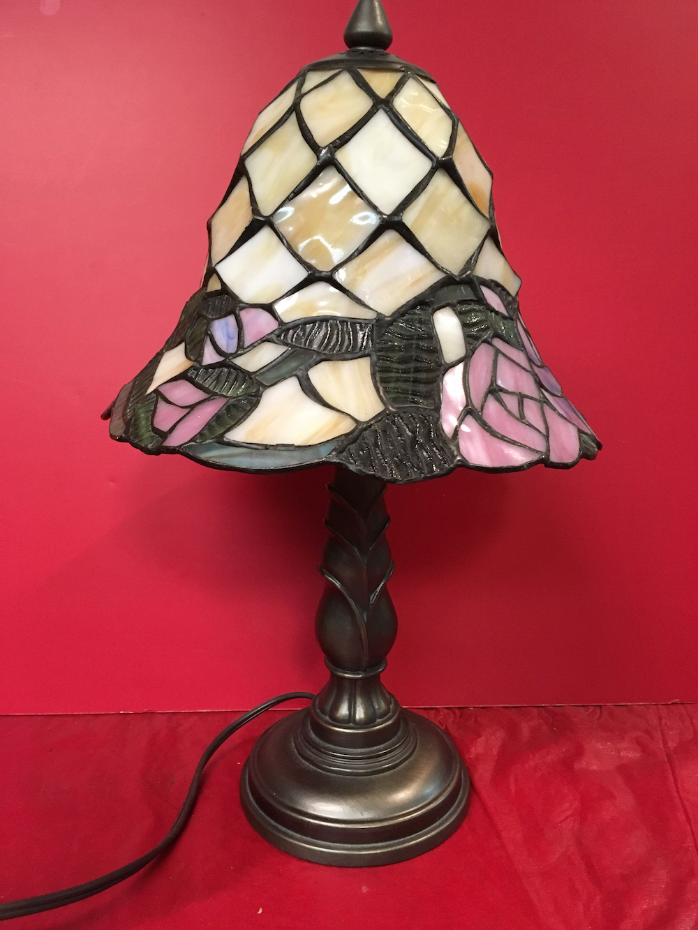 Tiffany Style Lamp - St. Jude Children's Research Hospital