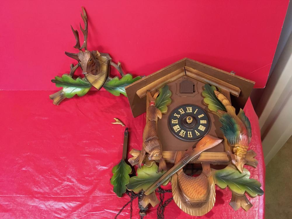 Hunter's Cuckoo Clock