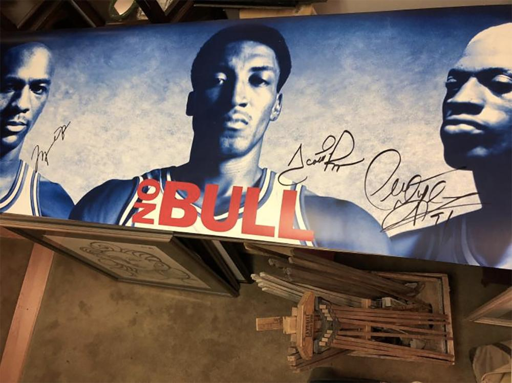 Autographed Chicago Bulls Poster
