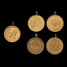 A LOT OF 5 22K GOLD PENDANTS: