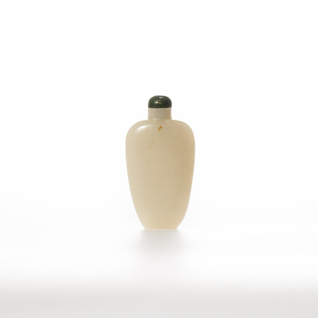 18th-19th Century Chinese Antique Jade Snuff Bottle
