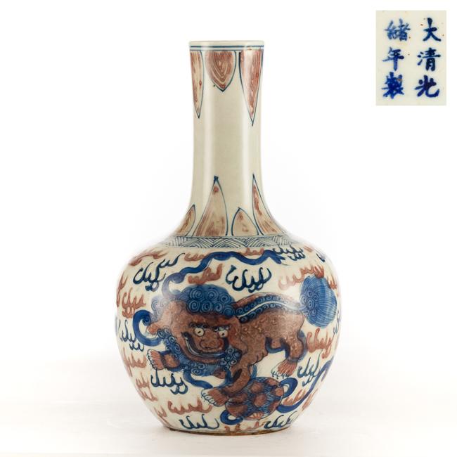Chinese Antique Blue&White Rose Famille Porcelain Vase