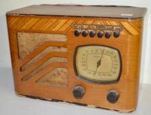 Vintage Philco Table Top Radio in a Wood Case: It is Model 391 and the original tubes are in it. Has not been tested. 8 3/8