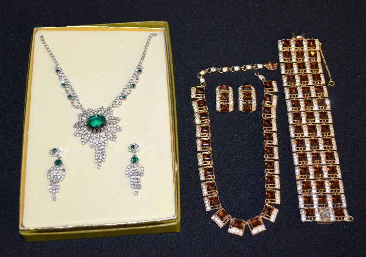 2 vintage costume jewelry sets bogoff and unsigned for Bogoff vintage costume jewelry