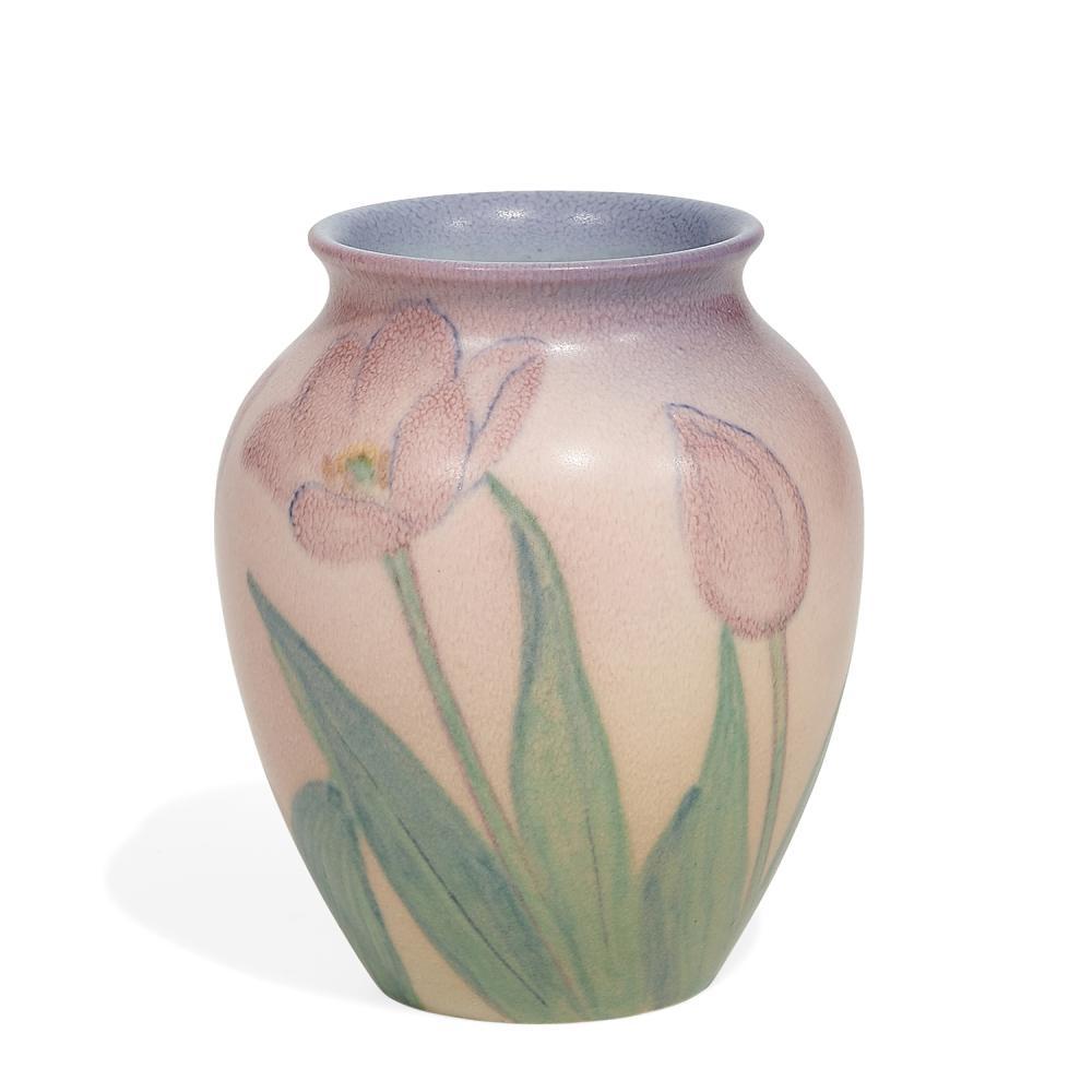 """Kataro Shirayamadani (1865-1948) for Rookwood Pottery porcelain vase with red tulip decoration, shape number 6822 4 1/4""""dia x 5 1/8""""..."""