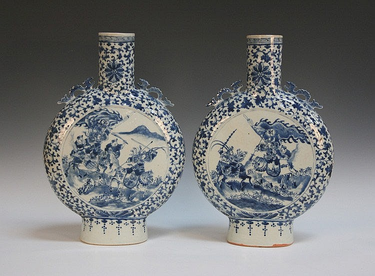 A pair of large Chinese blue and white porcelain