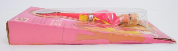 Mint mattel 1182 Walk Lively Barbie NRFB NICE BOX