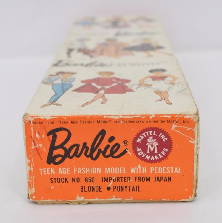 Gorgeous Mattel 850 dark blonde swirl ponytail barbie in original box