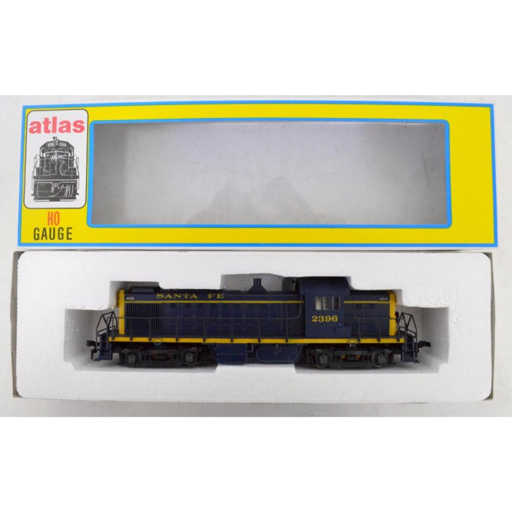 Lot Two Nos Atlas Ho Scale Rs 1 Santa Fe Diesel Locomotives In Obs