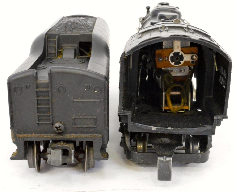 Lionel postwar O gauge 2056 steam lcomotive and 2046W whistle tender