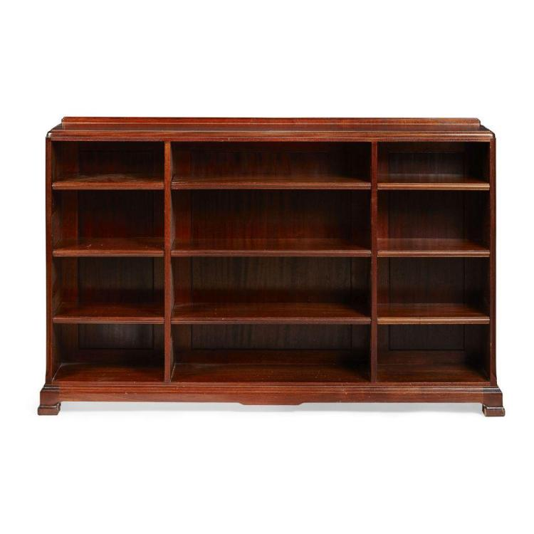 Whytock reid mahogany low bookcase 20th century 154cm wide for Furniture 30cm deep